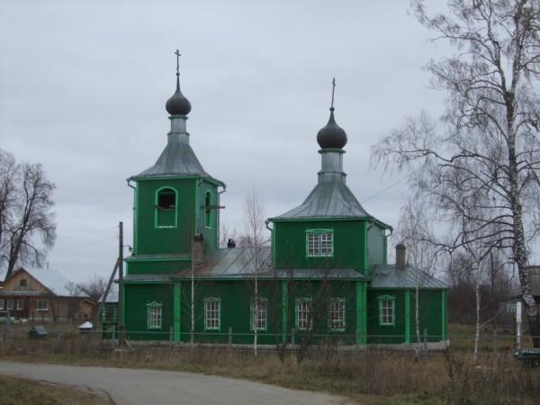 Во Владимирской области полностью сгорела старинная старообрядческая церковь