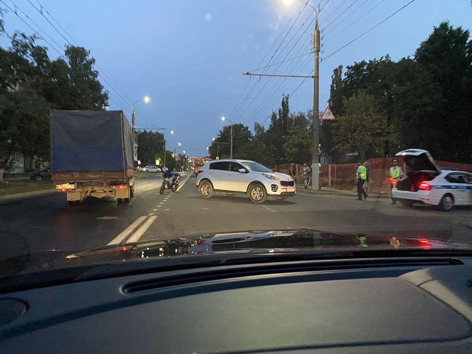 Во Владимире мотоцикл столкнулся с автомобилем