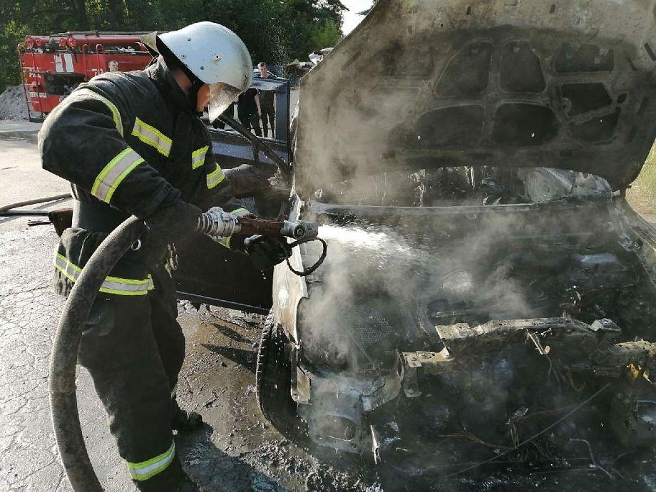 На улице Собинки сгорел автомобиль
