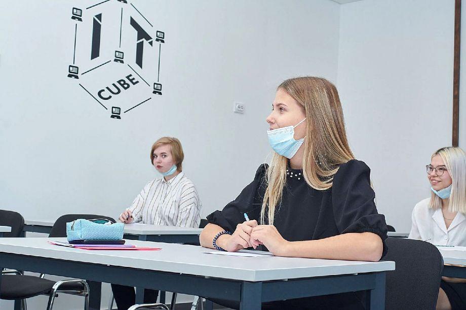 К началу учебного года все школы Владимирской области должны быть подключены к высокоскоростному интернету